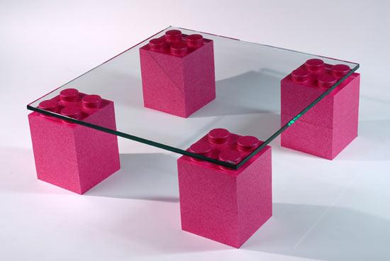 Muebles de dise o con piezas de lego cultura dec - Piezas lego gigantes ...