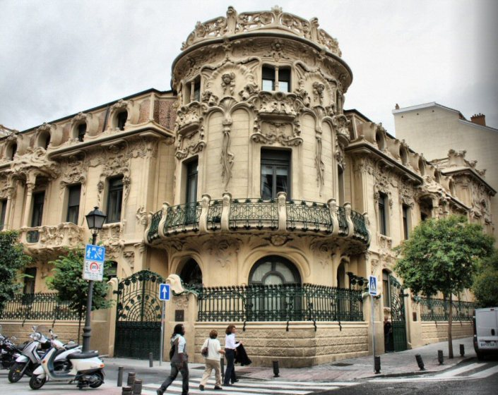 Fachada Palacio Longoria