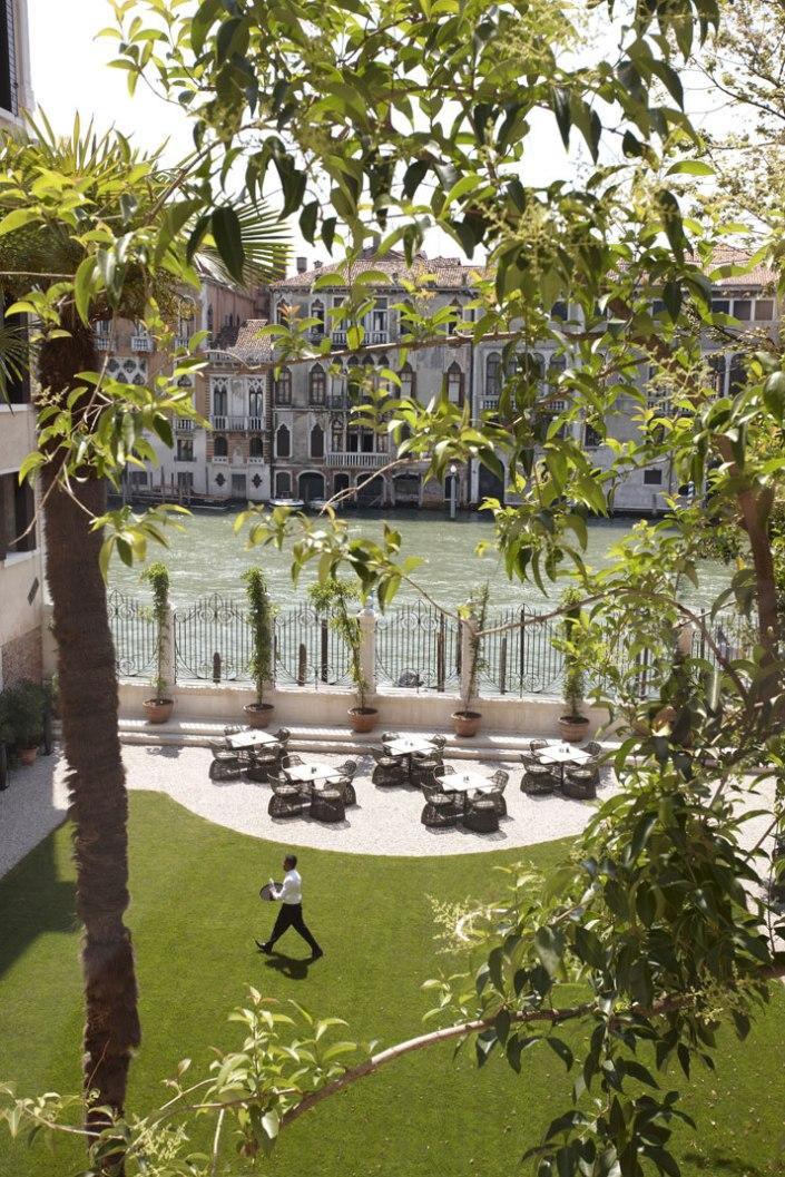 Aman-Canale-Grande-Venice-Amanresorts-yatzer-1