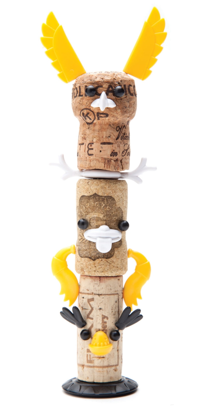 3_monkey-business-corkers-totem-designboom04