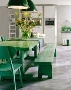 mesa y sills verdes