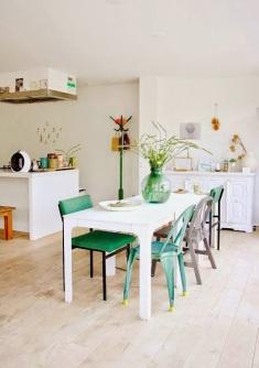 silla verde en la decoracion