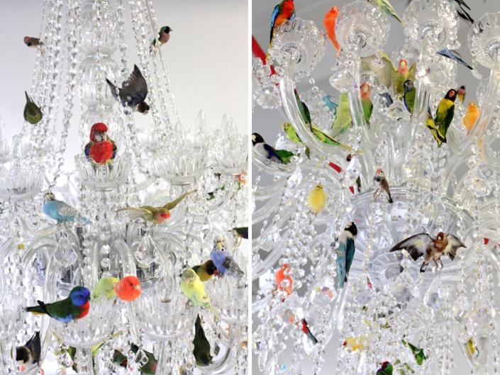 5_sebastian-errazuriz-XL-bird-chandelier-designboom-04