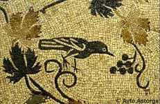 Mosaico del Oso y los Pájaros