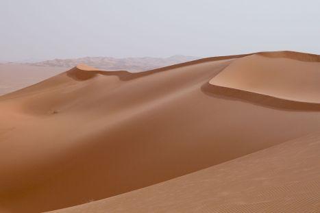1280px-Libya_4608_Idehan_Ubari_Dunes_Luca_Galuzzi_2007
