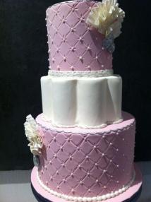 Tarta decorada con estilo capitoné