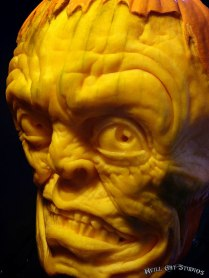 creepy-pumpkin-carvings-jon-neill-5