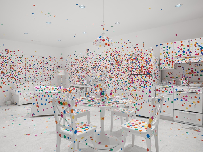 yayoi-kusama-give-me-love-david-zwirner-new-york-designboom-03