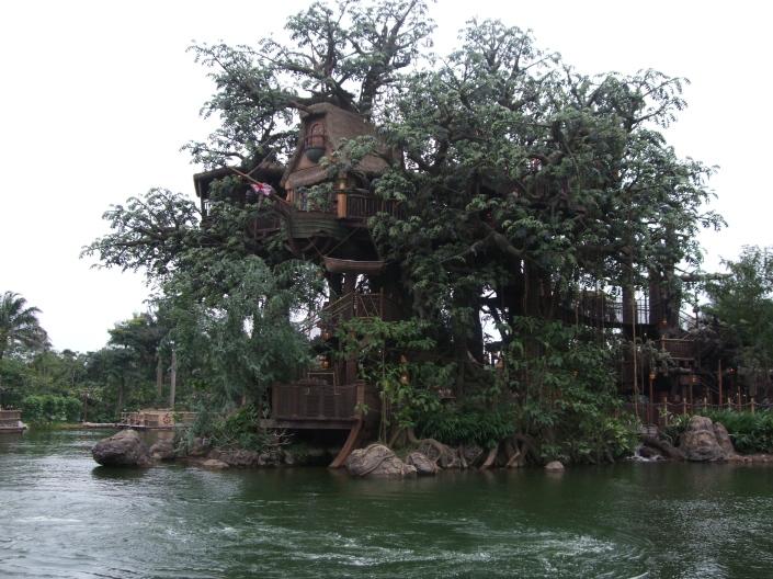 Casa de Tarzán en Hong Kong Disneyland