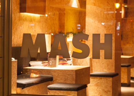 Mash-bar-Amsterdam-by-ninetynine_dezeen_9