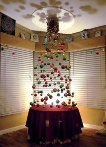 creative-christmas-tree-ideas-18__605
