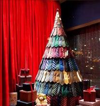 creative-christmas-tree-ideas-9__605