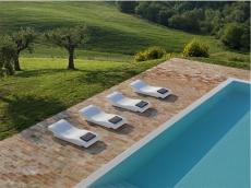 2_Est-Living-Villa-Olivi-Italy-Pool