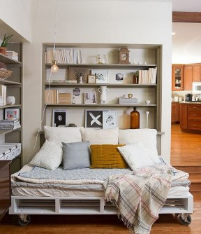 cozy-reading-nooks-book-corner-48-57318b1114302__700