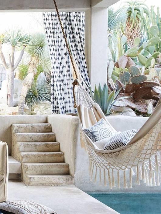 anthropologie-fringed-macrame-hammock
