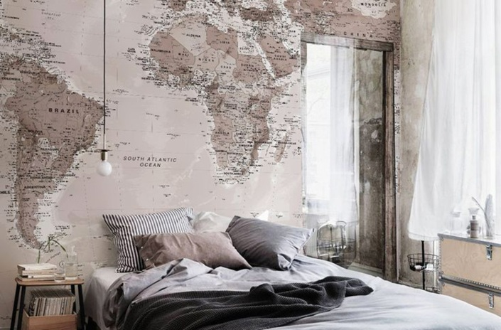 steampunk-home-decor-old-industrial-map-and-terrestrial-globe-6