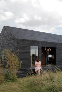 14_ochre-barn-by-carl-turner-architects-norfolk-england_1