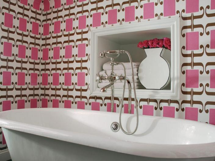original_colorful-bathrooms-caldwell-flake-interior-design-pink-wallpaper_s4x3-jpg-rend-hgtvcom-1280-960