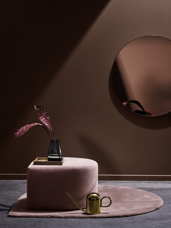 11_pouf-terciopelo-rosa-espejo-aytm-