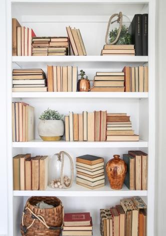 bookshelf-styling-tips-14