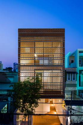 Apartment-in-Binh-Thanh-by-Sanuki-Daisuke-Architects-Yellowtrace-22