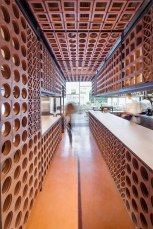 Disfrutar-Restaurant-in-Barcelona-by-El-Equipo-Creativo-Yellowtrace-16