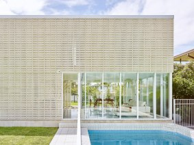 Naranga-Avenue-House-by-James-Russell-Architect-Yellowtrace-25
