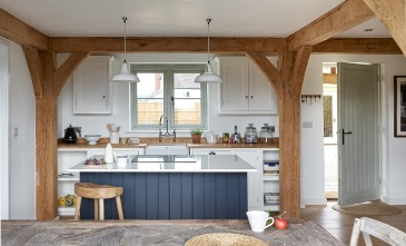 herefordshire-cottage-shaker-kitchen-timber-frame