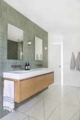 6_Emily-Henderson_Design-Trends_2019_Bathrooms_11-1670x2505