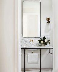 6_Emily-Henderson_Design-Trends_2019_Bathrooms_12-1670x2087