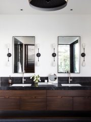 6_Emily-Henderson_Design-Trends_2019_Bathrooms_6-1670x2226