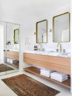 8_Emily-Henderson_Design-Trends_2019_Bathrooms_20-1670x2230