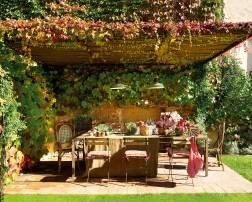 comedor-de-exterior-bajo-pergola-en-el-jardin_-00355423_cccc3f29_2000x1608