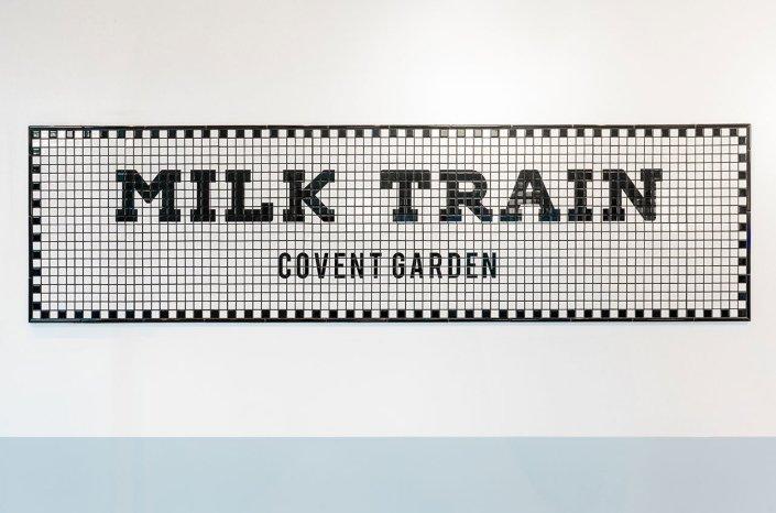 MILK TRAIN llega a Londres!