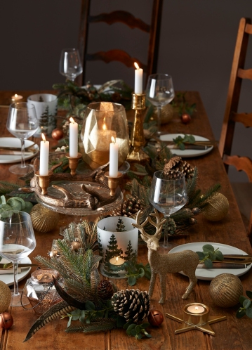 gold-christmas-table