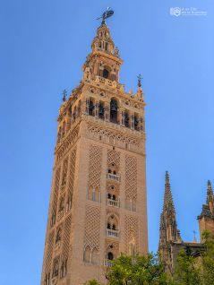 La-Giralda-de-Sevilla